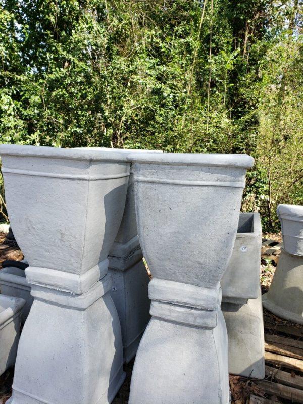 Square Rimmed Pot