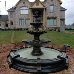 Classic Finial Fountain in Toscano Pool