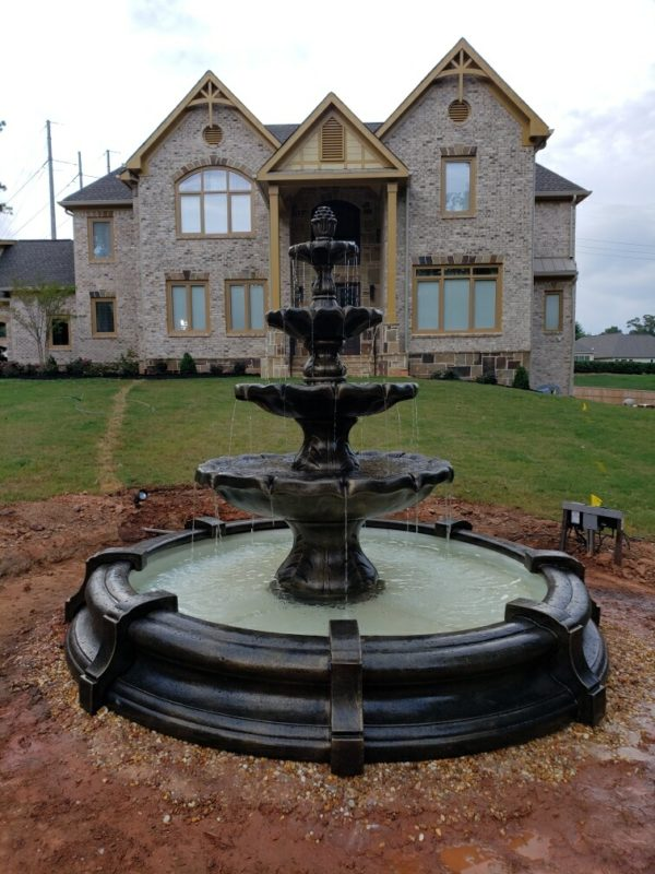 Classic Finial Fountain in Toscano Pool